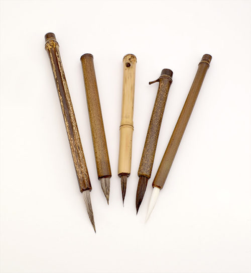 Large size Deer, Elk, Sabeline, Moose, and White Synthetic brushes.